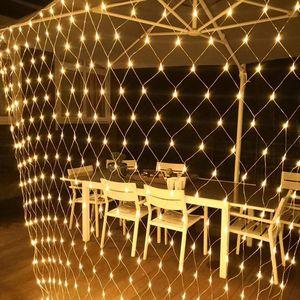 6x4m 672 LED Lichternetz 8 Lichtmodi Lichterkette Wasserdicht Innen Außen Weihnachten Party Garten Deko, Warmweiß