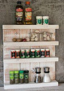 Gewürzregal aus Holz - für die Wand oder stehend - Vintage Weiß - 4 Stellflächen - 57 x 50 x 12 cm - Massivholz