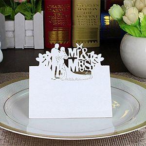 50 stücke MR & MRS Stil Hochzeit Cut Decor Tischkarten Gedeckter Name Karte für Weinglas (weiß)