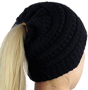 Damen Mädchen Mütze mit Loch für Pferdeschwanz | Gestrickte Strickmütze Wintermütze mit Zöpfen Loch