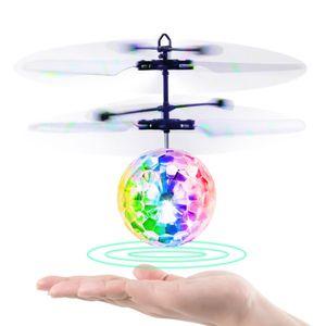 Fliegender Ball Spielzeug, Infrarot-Induktions-Hubschrauber, Drohne mit bunt leuchtendem LED-Licht und Fernbedienung für Kinder, Geschenke für Jungen und Mädchen, Indoor-und Outdoor-Spiele