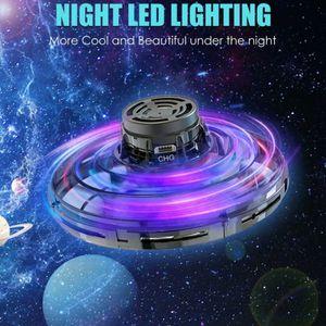 Melario MINI Drohne Spielzeug UFO Quadrocopter fliegen Kunstflug Geschenk für Kinder