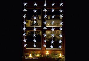 FHS LED-Vorhang 1 x 1,2 m, 5 Stränge x 8 Stern-Ornamente IP44 Außenadapter ****