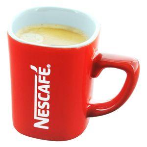 Nescafé Red Mug Klein, Kaffeetasse, Espressotasse, Henkeltasse, Tasse für Kaffee und Espresso, Eckig mit Schriftzug, Porzellan, Rot / Weiß, ca. 125 ml