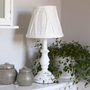 Tischlampe LOTTA weiß shabby chic Stofflampenschirm gerafft im Landhausstil
