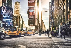 "Komar Vlies Fototapete ""Times Square"", bunt, 368 x 248 cm"