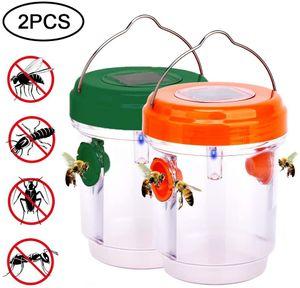 Wespenfalle Outdoor-Aufhaengung-effektiv und wiederverwendbar, tragbares Umweltschutzmaterial, LED-Licht Obstgarten ungiftig und wasserdicht, 2 Stueck orange