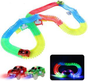 Leuchtende Autorennbahn Rennbahn Kinder Magische 240 Stück Glow Track Twister mit 2 Leucht Elektro Autos Spielzeug Ostern Kinder 3 4 5 6 Jahren Junge