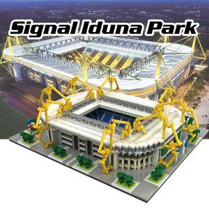 9912-4 Signal Iduna Park Fussballstadion Modell, 3800 Teile, ab 14 Jahre