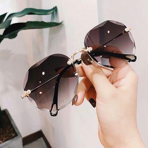 Rock Fashion Cateye Sonnenbrille Damen Schwarzgold Verspiegelt Vintage Retro