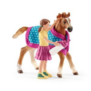 Schleich - Tierfiguren, Fohlen mit Decke; 42361
