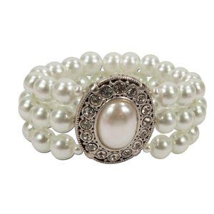 Alpenflüstern Perlen-Trachten-Armband Sissi - Damen-Trachtenschmuck, elastische Trachten-Armkette, Perlenarmband mehrreihig (creme-weiß) DAB033