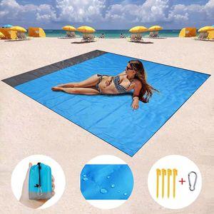 MEIYOU Picknickdecke 200 x 210 cm Stranddecke Strandmatte wasserdichte Strandtuch sandabweisende Tragbare Camingmatte