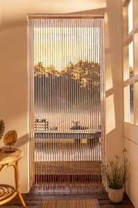 Bambusvorhang 'Tropical'naturfarbener Vorhang mit Bambusstäben und Holzstückchen