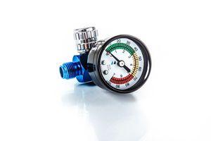 BENBOW 600 Druckregler mit Manometer für Lackierpistolen