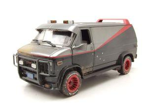 GMC Vandura A-Team Van 1983 grau schwarz verschmutzt Modellauto 1:24 Greenlight Collectibles