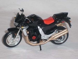 Kawasaki Z1000 Z 1000 Schwarz 1/18 Maisto Modellmotorrad Modell Motorrad