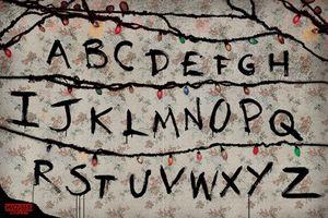 Stranger Things - R, U, N - Poster Plakat Druck - Größe 91,5x61 cm
