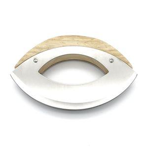 Handliches Wiegemesser aus Edelstahl mit Holzgriff