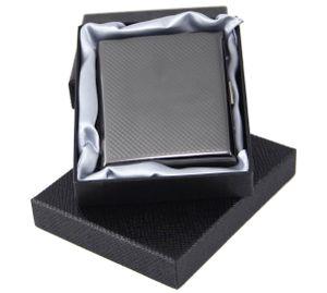 """ATTUY® """"Luxus München"""" Premium Zigarettenetui in der Geschenkbox für 18 Zigaretten, Farbe Silber, Metall, hochwertiges Etui mit Metallspange / Klammerhalterung und Bravour-Gravur"""