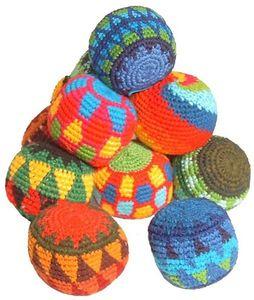 1 Jonglierball, Stressbälle, Stoffbälle handgefertigt in Guatemala, Durchmesser ca. 6,5 cm, verschiedene Farben, Jonglierbälle