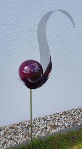 Skulptur Flame Edelstahl violett 146 cm Gartenstecker Beetstecker Rosenkugel