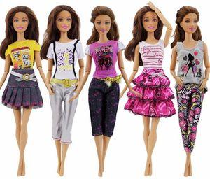 Puppenkleidung / Kleidung - Geeignet für Barbie - Röcke, Hosen, Hemden und Pullover