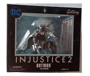 Diamond Select DC Gallery - Injustice 2 - Batman Figur