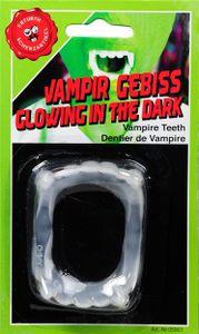 Vampirgebiss leuchtet im Dunkeln