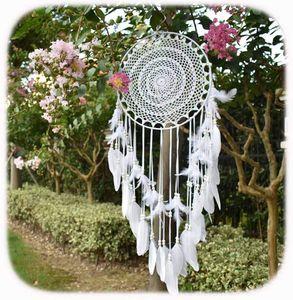 Großer Traumfänger im Boho-Stil mit weißen Federn, Wandbehang aus Makramee für Hochzeiten im Vintage-Stil oder Dekoration, Kreis mit 35 cm Durchmesser, 115 cm lang, weiß— QingShop