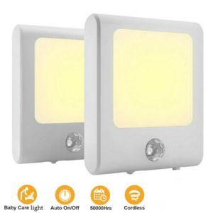 2 Stück LED Nachtlicht Steckdosen Treppen Leuchte Lampe Mit Bewegungsmelder Sensor