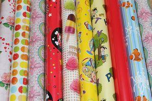10 Rollen Geschenkpapier unterschiedliche Muster je Rolle 200 cm x 70 cm