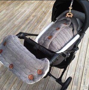 Baby Schlafsack für Kinderwagen Winter Gestrickt Schlafsack Strickdecke mit Kinderwagen Handschuhe Neugeborenes Geschenk Grau