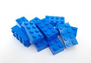 Lego© Steine 15 blaue originale basic Bausteine mit 2*4 Noppen *neu und unbespielt*
