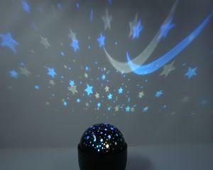 LED Projektions Lampe Sternenhimmel und Mond Nachtlicht mit farbiger rotierender Decken Projektion