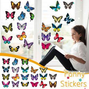 Große schöne bunte Schmetterlinge klammern Fensteraufkleber helfen, Vogel-st zu verhindern