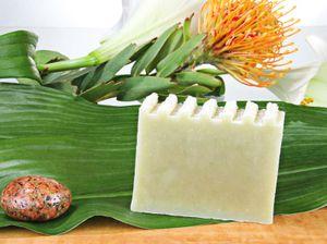 Naturseife Olivenhain 100g, Handseife vegan, natürlich basische Seife