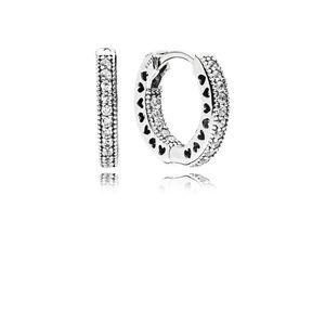 Pandora 296317CZ Creolen Unendliche Herzen Hearts Of Hoops Silber