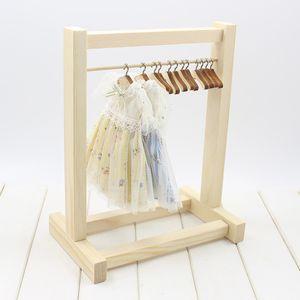 DIY Montiert Kleiderständer Organizer Outfit Kleiderbügel Für 1/6 Blythe Puppe Accs
