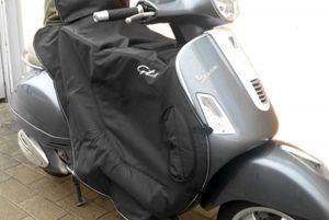 Original Vespa Fahrerbeinschutz Wärmeisolierung für GTS