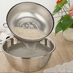 Edelstahlsieb Micro perforiertes Küchensieb mit Griff 19,5 cm Silber
