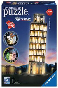 Schiefer Turm von Pisa bei Nacht