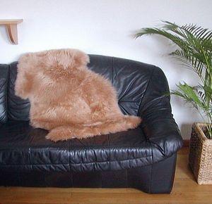 australische Lammfelle camel gefärbt waschbar, Haarlänge ca. 70 mm, ca. 90x63 cm