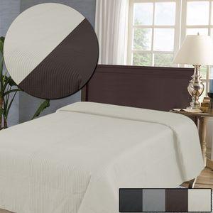 Tagesdecke Ultrasonic 160 x 220 cm in Creme / Taupe - Wendedecke mit 2 zeitlosen Farben - Bettüberwurf mit moderner Optik - atmungsaktive Microfaser Steppdecke