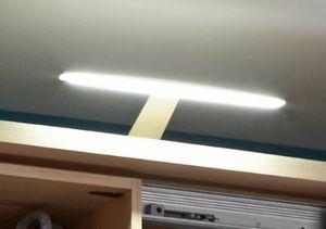 Match LED-Beleuchtung für Schiebetürenschränke der Serie Match
