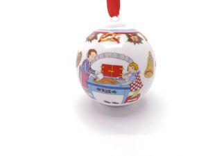 Porzellankugel Weihnachtskugel 2011 - Hutschenreuther - OHNE Verpackung
