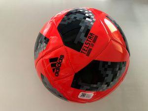 Adidas Herren Fußball (WM 2018) Russia Bola Glider FIFA World Cup Ball (rot-schwarz-silber) Größe 5