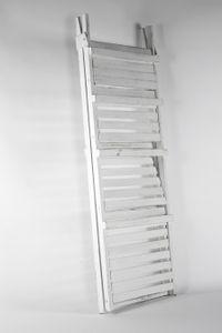 Stufenregal WHITE VINTAGE aus Paulownia-Holz mit 4 Böden - 113x42x36 cm