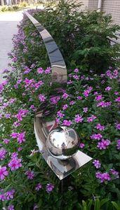 Skulptur Flame Edelstahl poliert 146 cm Gartenstecker Beetstecker Rosenkugel