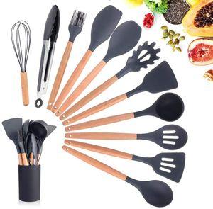 Küchenhelfer Set,11 Stücke Silikon Küchenutensilien,mit Holzgriff,Hitzebeständige,Antihaft,Einfach zu säubern,können Hängend,beinhaltet Spachtel,Schneebesen(Schwarz)